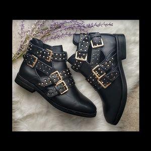 Shoes - Sz 11 Studded Fashion Bootie